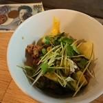 立呑み 千吉良屋 - アボカド納豆