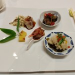 古月 - 季節の前菜の盛り合わせ
