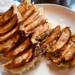 中国料理大幸 - 料理写真:にんにくの効いた餃子