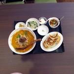 本場中華食堂 味道 - 担々麺+餃子セット