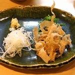 石臼挽き手打 蕎楽亭 - ざる豆腐のトッピング
