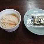 中華料理 まさき亭 - 味付け海苔&お新香