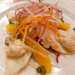 ピッツェリア・サバティーニ - 若鳥胸肉のトンナータオレンジツナのソース