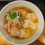 112763137 - ワンタン麺大盛950円+100円