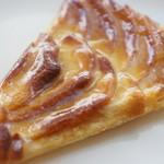 パティスリー・スリール - タルトフィーヌポンム(400円)♪林檎の酸味がふうわり。