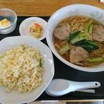 112775835 - チャーシュー麺半チャーハンセット842円