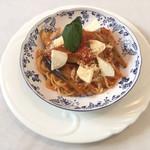 112776713 - 揚げ茄子とモッツァレラチーズのトマトソース