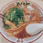 麺毅家 - 醤油豚骨ラーメン(並 ¥660→創業祭価格¥500)