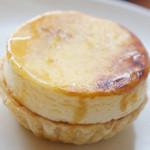 パティスリー・スリール - シブーストポワール(450円)♪マシュマロのようなもったりふんわりな食感。
