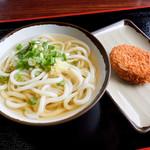上田製麺所 - かけと、肉コロッケ