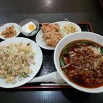 台湾料理 有福 - 炒飯定食