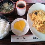 中華レストラン 五望 - 曜替わりランチ(豚肉と玉子の炒め)