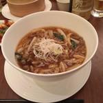 112808663 - 今月の麺、肉絲麺