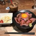 肉が旨いカフェ NICK STOCK - 全貌