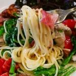 串よし - 「カキとなばなのスパゲティ」クリーム味1080円