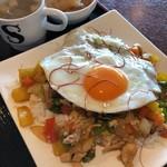 カフェスモンク - 料理写真:いつでもガパオライス 750円