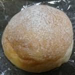 112824628 - 「クリームパン」(200円 税別)