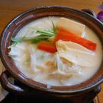 11283071 - 豆乳鍋