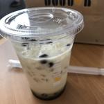 ドトールコーヒーショップ - タピオカ黒糖ミルクティー
