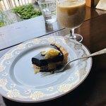 HUMMOCK Cafe - スイーツセット 私は ソイラテ¥600 と チョコレートケーキ