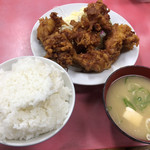 一楽ラーメン - 料理写真:唐揚げ定食650円