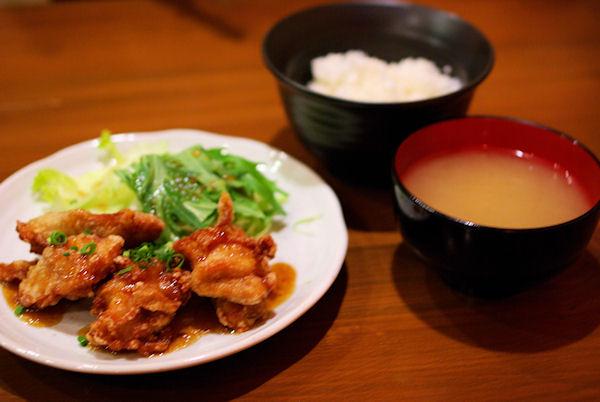 鶏唐 やまをんちの料理の写真