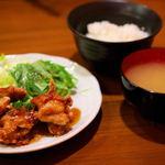鶏唐 やまをんち - 唐揚げ定食(580円)