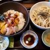 手打麺THE・うどん 大 - 料理写真:本日限定の海鮮バラちらしセットうどん大盛り、旨し!920円