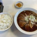 いちい - キャーーーチャーシュー麺+ライス大!¥900+¥190。