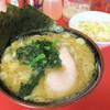 どんとこい家 - 料理写真:ラーメン700円(麺柔らかめ)、ねぎめし(モーニングサービス)
