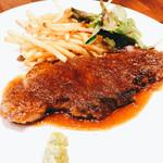 肉バル×イタリアン リトルブッチャー - 牛サーロインのステーキ ガーリックソース