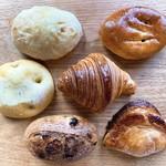 ブランジェリー ラ・フォンティヌ・ドゥ・ルルド - 今回買ったパン