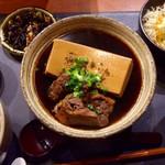 酒場  シナトラ - 秋田牛の肉豆腐定食