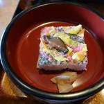 Hirasei - 【郷土料理】岩国寿司のアップ