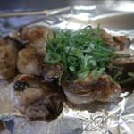 電光石火 - 牡蠣の鉄板焼き(バター):780円