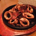 Matthininomori - イカとイカわたのガーリックバター醤油焼き