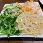 焼肉 雅亭 - ナムル