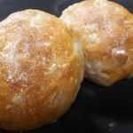 パリール - 料理写真:もち麦くるみ