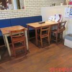 ハナズ カフェ - 店内雰囲気