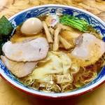 112916001 - 焼豚ワンタン麺(半熟煮玉子トッピング)