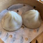 香港蒸籠 - 小籠包