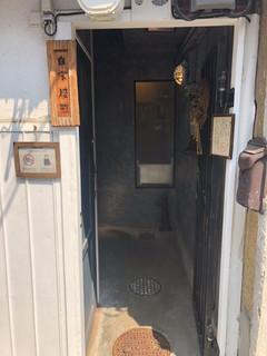 ヱントツコーヒー舎 - 入り口