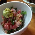 お料理やまもと - マグロや鯛など刺身たたき。