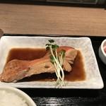 銘酒 魚の家 - 金目鯛の煮付け