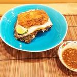 馬車道 大かわ - 岩牡蠣のフライ
