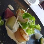エスカーレ - 白身魚とホタテのポワレ