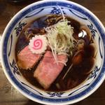 濃厚醤油麺 ミツジロウ - 濃厚醤油の貝だしそば 750円(2019年8月)
