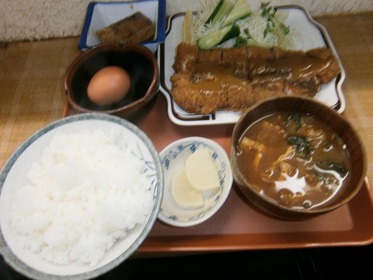 丸勝串カツ店