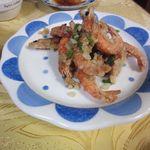 和興楼 - エビの胡椒味揚げ(680円)