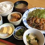 八洋 - 焼肉定食♪ 950円